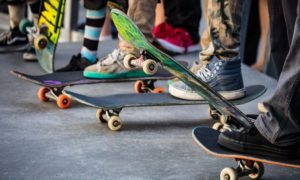 A Guide to Selecting a Skateboard for the Beginners